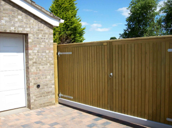 How To Find the Best Prices Online For Buying Reliable Sliding Gates?
